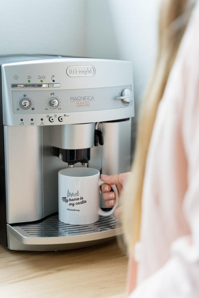 Kaffee, Tee und Wasser ist bei uns immer inklusive.