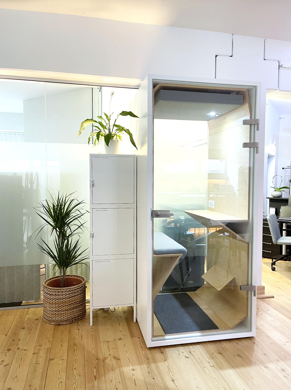 Telefonbox im Work Kontor_ungestört im Coworking Space telefonieren_Ahrensburg_Kreis Stormarn
